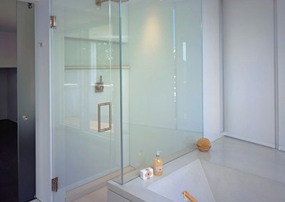 colored-glass-shower